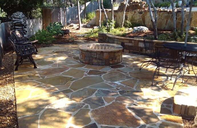 Cockrell Hill-Grand Prairie TX Professional Landscapers & Outdoor Living Designs-We offer Landscape Design, Outdoor Patios & Pergolas, Outdoor Living Spaces, Stonescapes, Residential & Commercial Landscaping, Irrigation Installation & Repairs, Drainage Systems, Landscape Lighting, Outdoor Living Spaces, Tree Service, Lawn Service, and more.