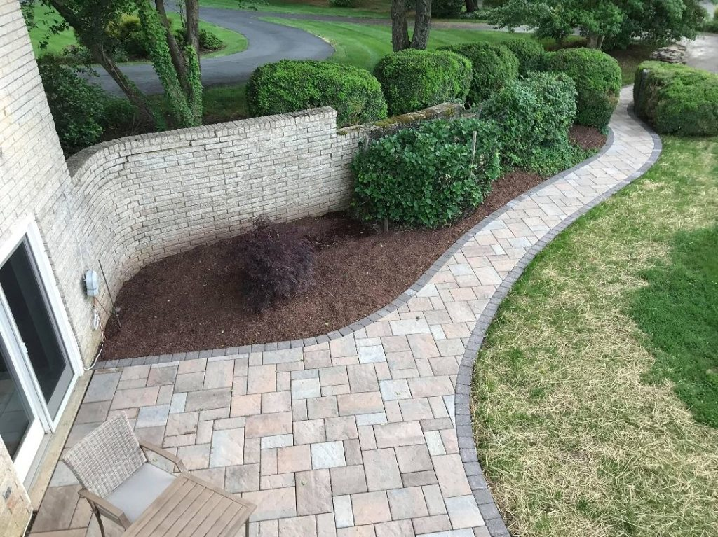 Stonescapes-Grand Prairie TX Professional Landscapers & Outdoor Living Designs-We offer Landscape Design, Outdoor Patios & Pergolas, Outdoor Living Spaces, Stonescapes, Residential & Commercial Landscaping, Irrigation Installation & Repairs, Drainage Systems, Landscape Lighting, Outdoor Living Spaces, Tree Service, Lawn Service, and more.